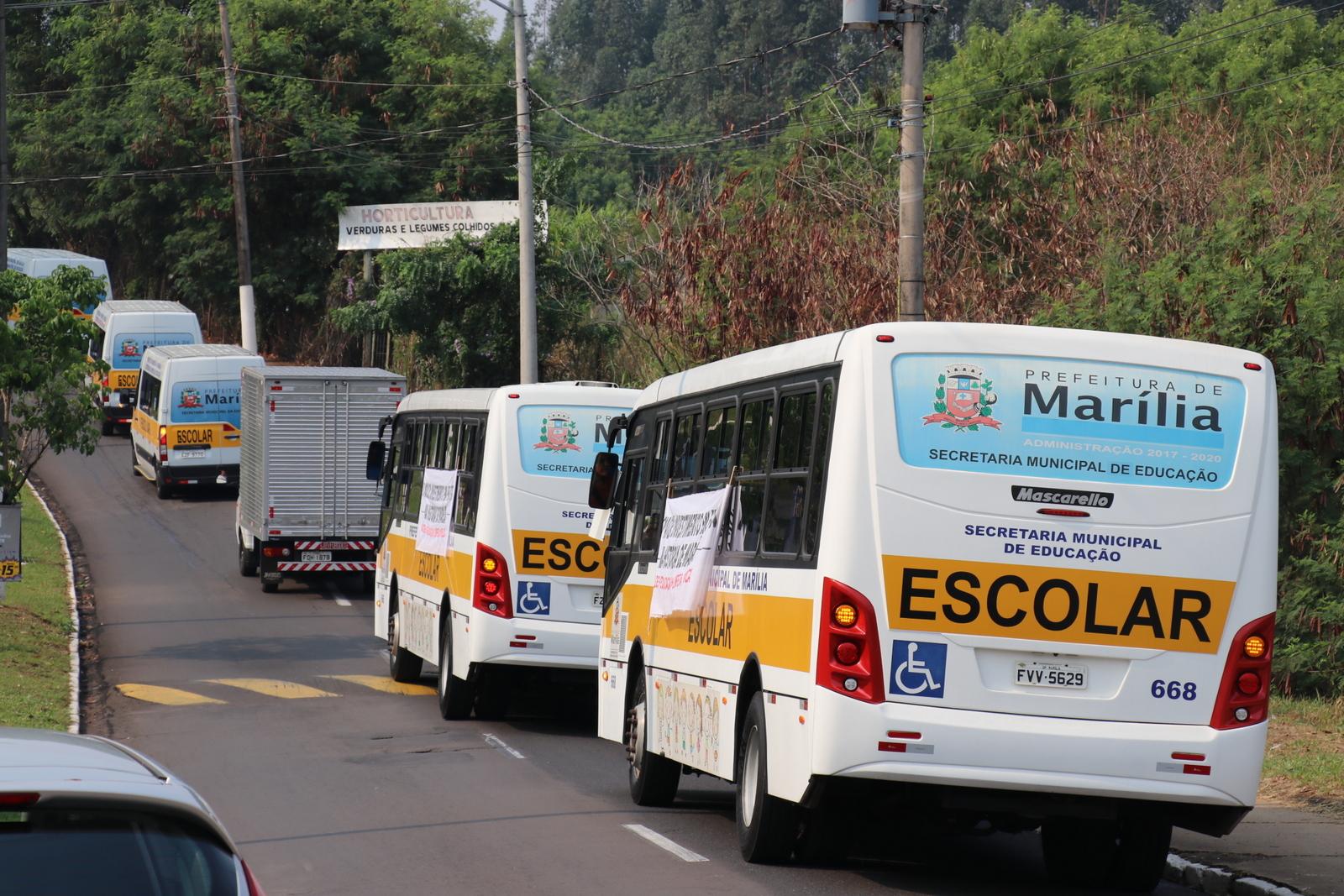 Prefeitura Municipal de Marília - SP - 124 veículos: Prefeitura apresenta  em desfile o maior investimento em frota da história de Marília