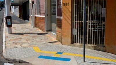 Projeto de acessibilidade avança e rampas são construídas na Avenida Sampaio Vidal