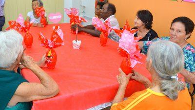 Páscoa é celebrada no Bom Prato e no Centro Dia do Idoso 'Anadir Hila'