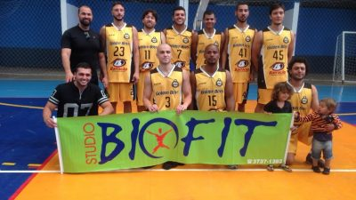 Golden Boys vence Amigos e está na final do Municipal de Basquete