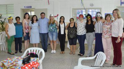 TV Web Prefeitura: Carnaval no CRAS da Zona Oeste, momentos de socialização e entretenimento.