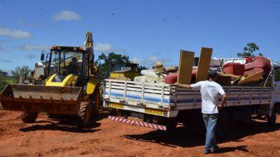 Mutirão de limpeza ultrapassa 700 toneladas e chega à zona oeste nesta quinta-feira