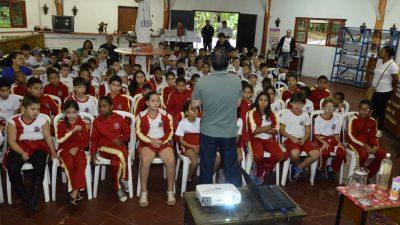 """Depois de 4 anos """"Centro Educacional Ambiental"""" é reaberto com palestras em comemoração ao Dia Mundial da Água"""