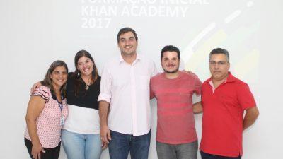 Educadores são treinados para ensino de matemática com plataforma Khan Academy
