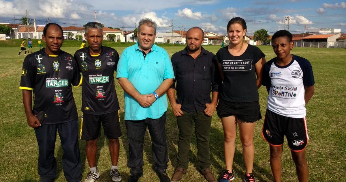 Projeto Passo Certo recebeu a visita de secretário de esporte e de vereador.