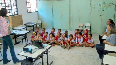 Ações da saúde municipal levam fonoaudiólogas às escolas