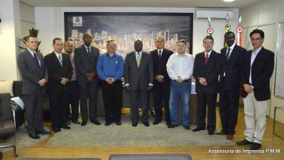 Prefeitura Municipal recebe Embaixador da Costa do Marfim