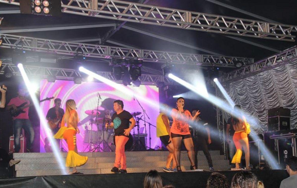 Trio elétrico abre virada cultura em Marília.