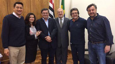Prefeitura assina prorrogação de contrato para garantir novo berçário na zona oeste