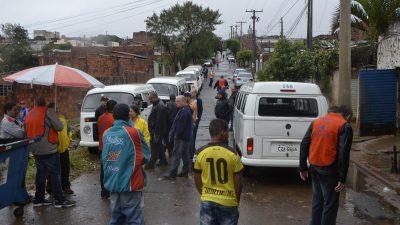 Marília dá início à reconstrução de casas atingidas por vendaval