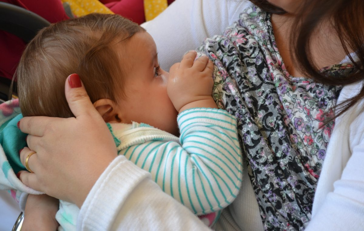 Incentivo à amamentação: Marília terá  'Hora do Mamaço' na tarde desta sexta-feira