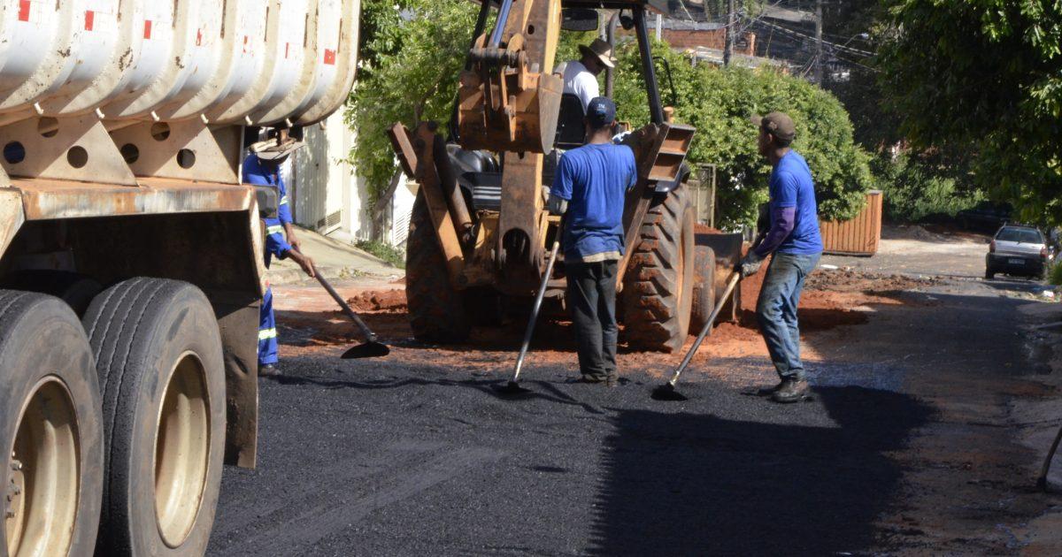 Codemar realiza mais de 5 mil metros quadrados de operação tapa-buracos durante a semana