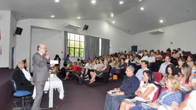 Marília recebe Seminário Jurídico Educacional para diretores de escolas municipais