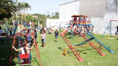 Festa reúne cerca de 500 crianças e adolescentes no clube dos Servidores Públicos