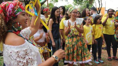 Evento cultural e social em Rosália atrai 270 alunos do Projeto Guri para apresentação musical