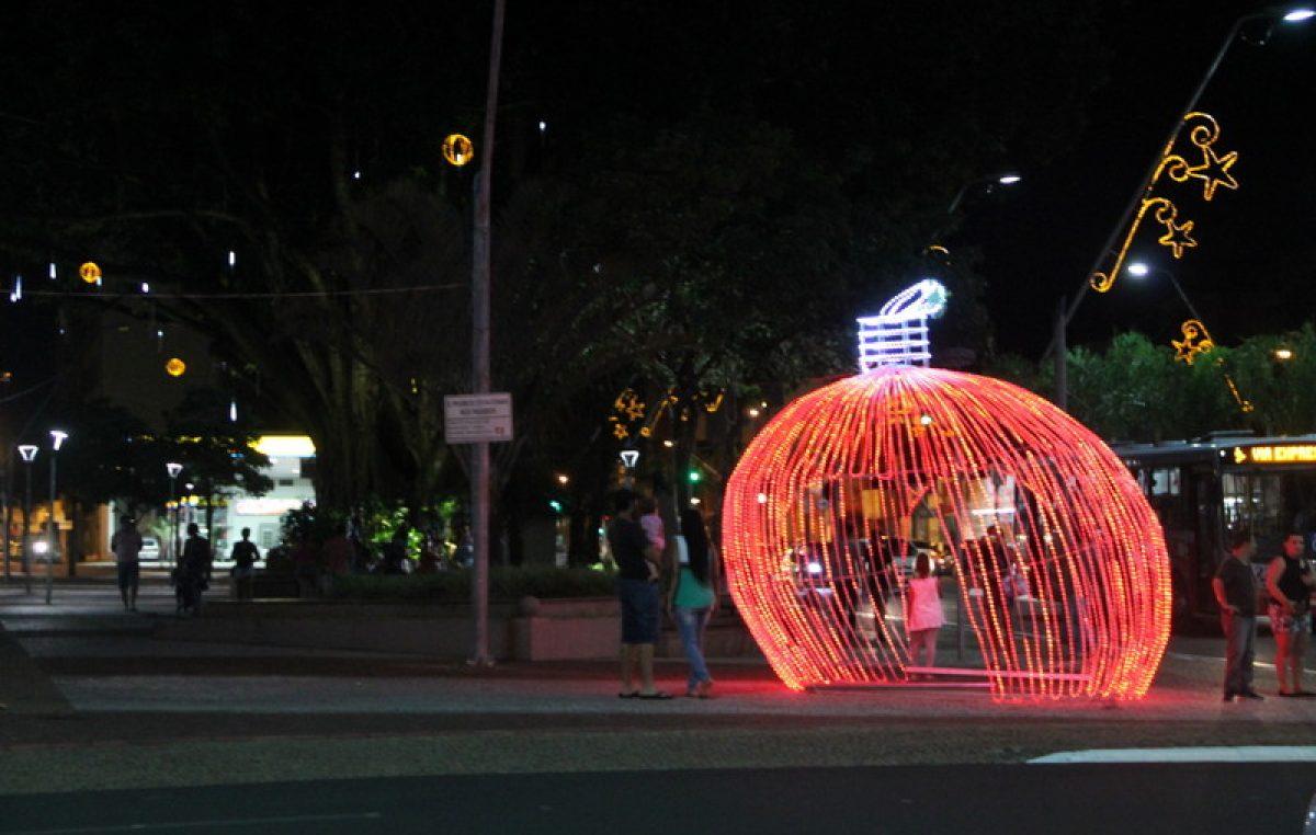 Com apresentações culturais, Prefeitura realiza abertura no Natal Iluminado 2017