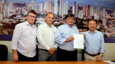 Marília terá R$ 1,7 milhão em emendas do deputado federal Walter Ihoshi