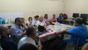Agentes de saúde, veterinários e demais profissionais que participaram da capacitação na zona norte.