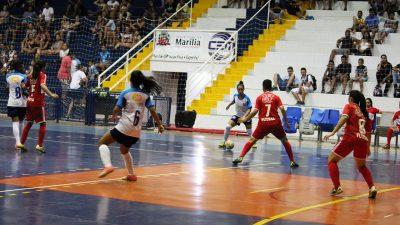 Equipe de Futsal Feminino SELJ/Marília vence na estreia da Copa TV Tem