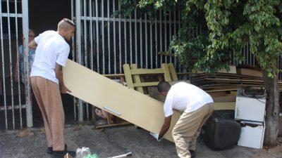 Mutirão de limpeza recolhe 78 toneladas no primeiro dia