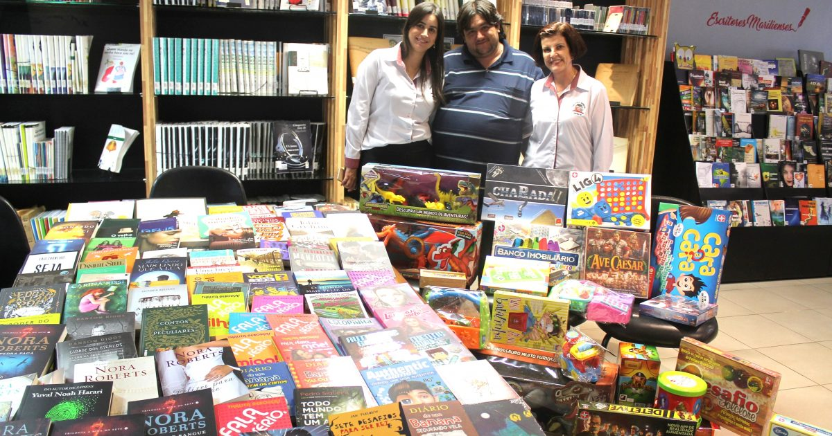 Biblioteca Municipal recebe novos livros, brinquedos e RPGs