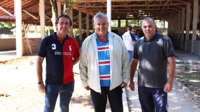 Prefeitura dá início à construção de duas canchas de malha no Santa Antonieta