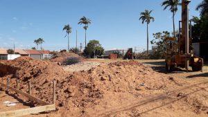 Terreno onde será construída a USF Palmital passa por limpeza e já está preparado para receber fundação