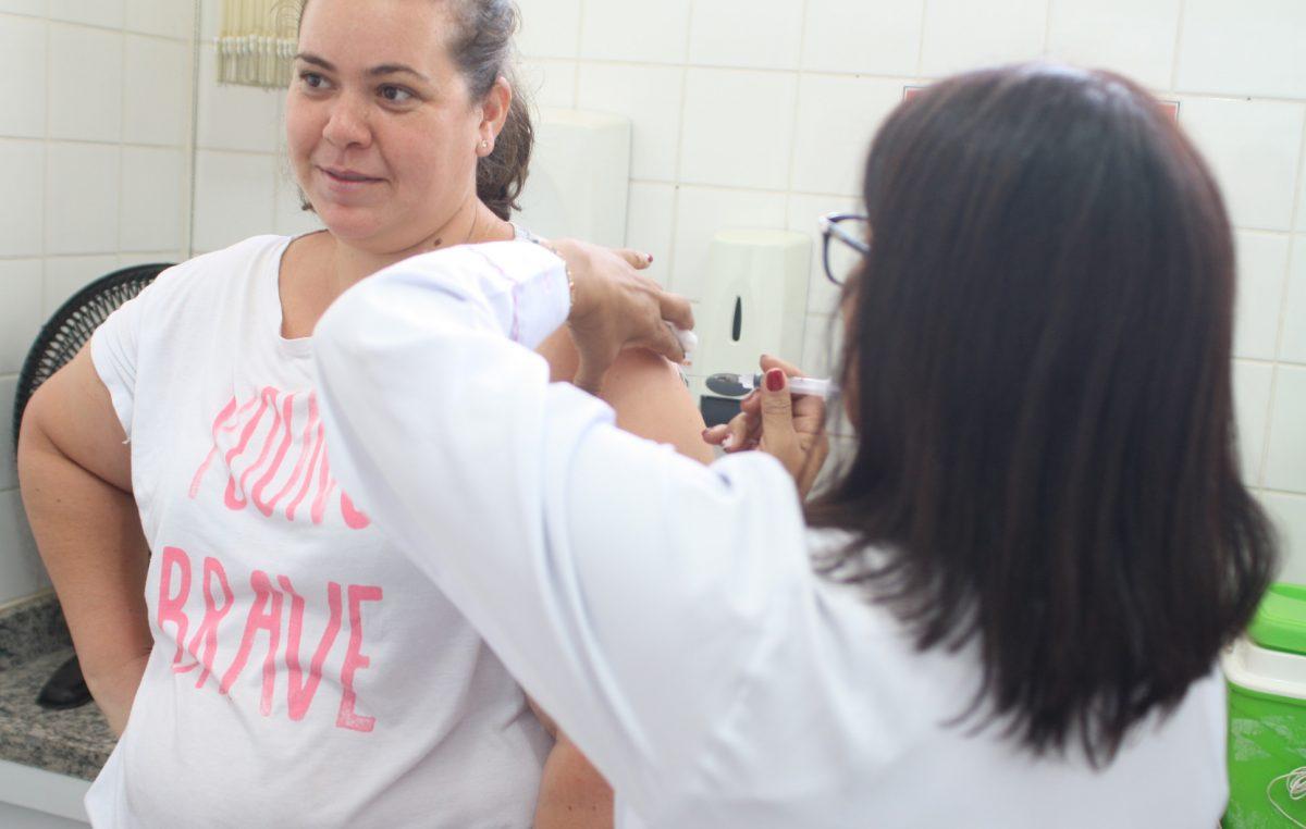 Campanha Contra a Gripe está próxima a 50% do público-alvo; começa reta final