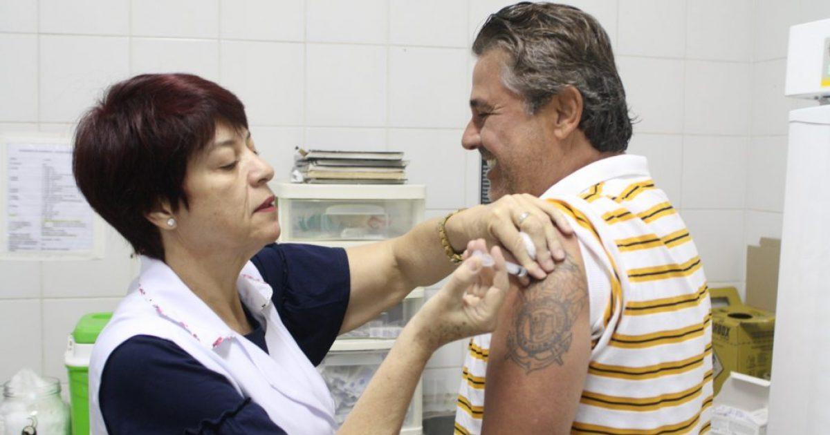 Campanha de vacinação contra a gripe irá imunizar crianças até  nove anos e adultos a partir de 50