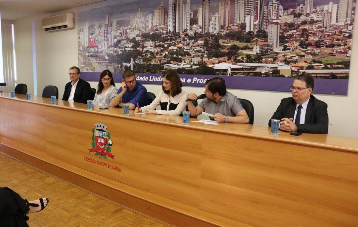 """Prefeitura sedia seminário sobre  """"internacionalização de municípios"""""""